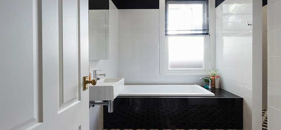 Black & White Bathroom Porcelain Floor
