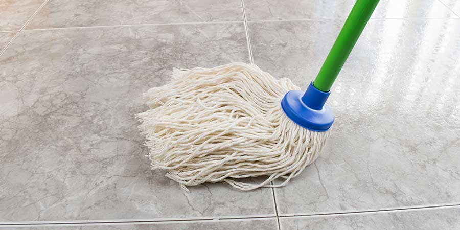 Dry Mop Used for Cleaning Marble Floor