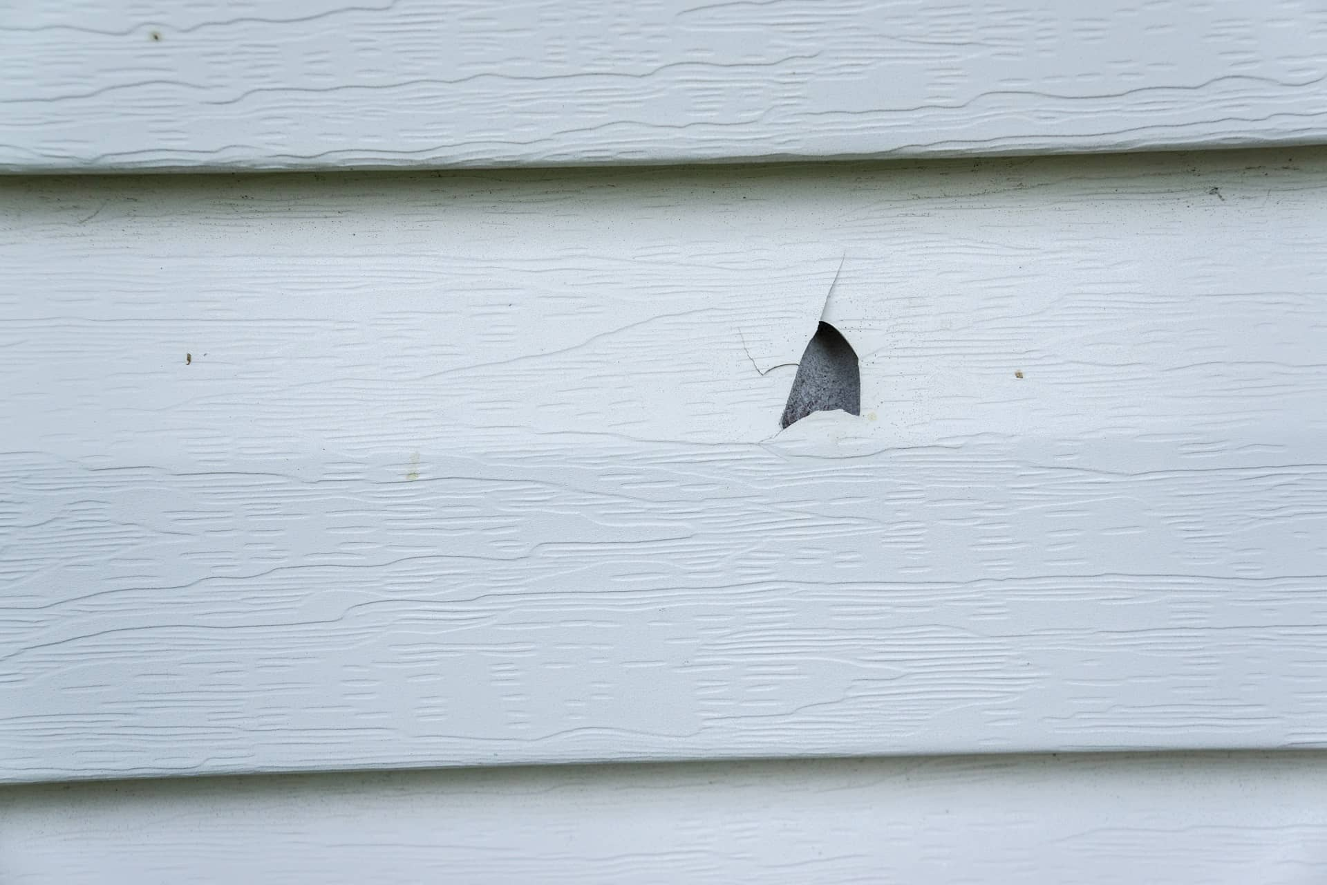 Quality siding repair